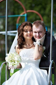 Free Happy Bride And Groom In Wedding Day Stock Images - 26305834