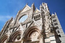 Free Siena Dome Royalty Free Stock Photo - 26307295