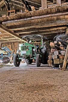 Free Old Tractor Stock Images - 26314284