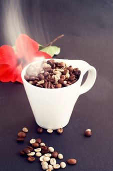 Free Fresh Hot Coffee Stock Photo - 26324120