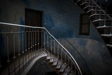 Free Grunge Stairs In Abandoned Building Royalty Free Stock Images - 26332509
