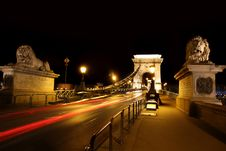 Free Chain Bridge In Budapest, Hungary Royalty Free Stock Images - 26333909