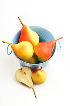 Free Pears Royalty Free Stock Photo - 26339735