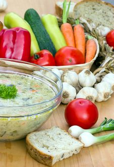 Free Vegetable Soup - Minestrone &x28;broth&x29; Royalty Free Stock Image - 26348116