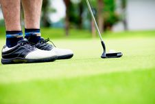 Free Golfer Putting Stock Image - 26350681