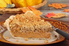 Free Autumn Pumpkin Pie Royalty Free Stock Image - 26357986