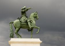 Free Horse And Man Statue Stock Photography - 26363842