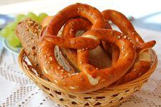 Free Freshly Baked Bavarian Pretzel &x28;Brezel&x29; Royalty Free Stock Photo - 26383405