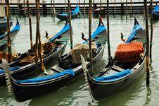 Free Gondolas In Venice Royalty Free Stock Photography - 2640787