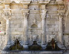 Venetian Fountain Royalty Free Stock Images