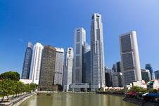 Free Singapore City Skyline At Marina Bay Royalty Free Stock Images - 26406419