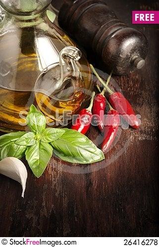Free Italian Seasoning Royalty Free Stock Photos - 26416278