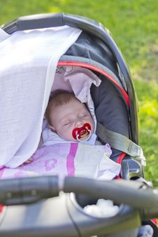Free Sleeping Baby Royalty Free Stock Photo - 26411205