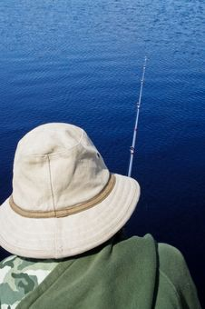 Free Young Boy Fishing Royalty Free Stock Photography - 26418287