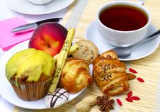 Tea And Cookies Royalty Free Stock Images