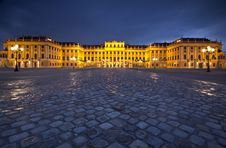 Schonbrunn Palace In Vienna, Austria By Night Royalty Free Stock Photography