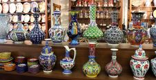Free Colorful Hand-painted Turkish Vases Stock Photos - 26444663