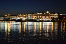 Free Night View Of The St Petersburg Royalty Free Stock Photos - 26445268