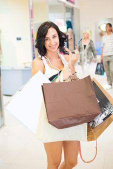 Free Woman Shopping Royalty Free Stock Photos - 26447348