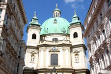 Free Peterskirche In Vienna, Austria Royalty Free Stock Photography - 26452337