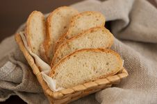 Free Slices Of Bread In A Basket Stock Images - 26458364