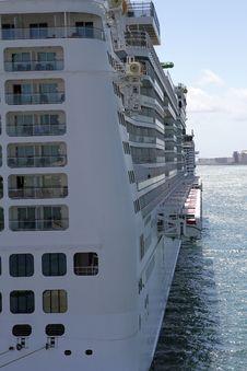 Free Big Cruise Detail Royalty Free Stock Photo - 26486095