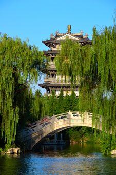 Free Pagodas, Stone Bridge, And Willow Stock Photography - 26487942