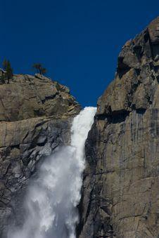 Free Yosemite Water Falls Royalty Free Stock Photos - 2659738