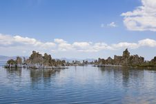 Free Tufa Formations At Mono Lake Stock Image - 2659851