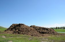 Free Piles Of Mulch Stock Photography - 26503692