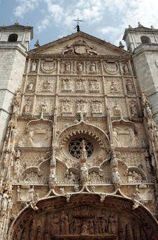 Free Church Of San Pablo, Facade Royalty Free Stock Photography - 26505637