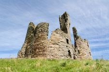 Free Dunstanburgh Castle Gate House Royalty Free Stock Photos - 26514058