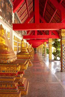 Free Corridor Of The Temple Royalty Free Stock Photos - 26534378