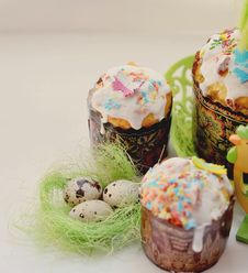 Free Easter Eggs Royalty Free Stock Photography - 26546957