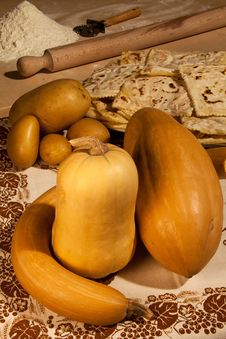 Free Ingredients To Make Pumpkin Ravioli Royalty Free Stock Images - 26547299
