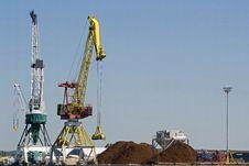 Free Cranes Stock Photo - 26547990