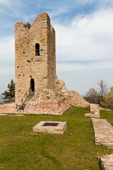 Free Ruined Tower Stock Photo - 26574230