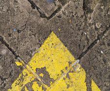 Forwarded Arrow On The Road Royalty Free Stock Photos