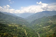 Free On The Way To North Sikkim Royalty Free Stock Photography - 26585427