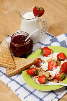 Free Light Breakfast Royalty Free Stock Images - 26592289