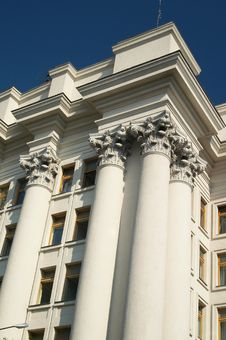 Free White Columns Stock Images - 2662034