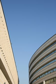 Free Modern Architecture Royalty Free Stock Photo - 2662195