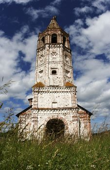 Deserted Church In Suzdal Royalty Free Stock Photo