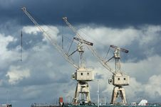 Free Cranes In Port Royalty Free Stock Images - 2668959