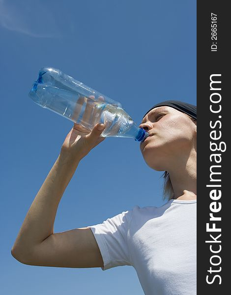 Sporty woman have water