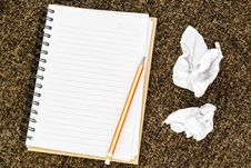 Free Blank Note Book Royalty Free Stock Images - 26610489