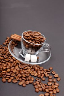 Free Coffee Beans And Sugar Royalty Free Stock Photography - 26622147