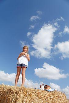 Free A Cute Young Girl Posing Stock Photo - 26622590