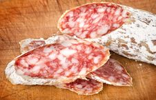 Free Salami On A Cutting Board Royalty Free Stock Photography - 26624777