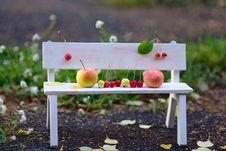 Free Apples Family Stock Photos - 26625693